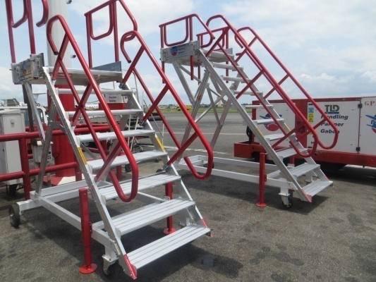 Escabeau de piste mobile en aluminium pour avion