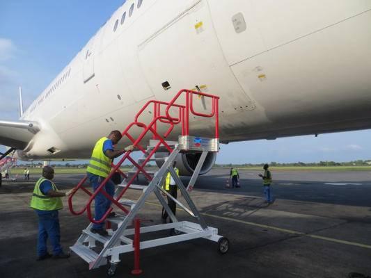Escabeau de piste mobile pour avion