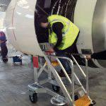Escabeau de piste technique pour accès moteur Airbus A320