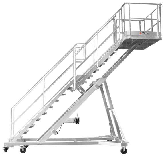 Towable stepladder with telescopic platform for aircraft