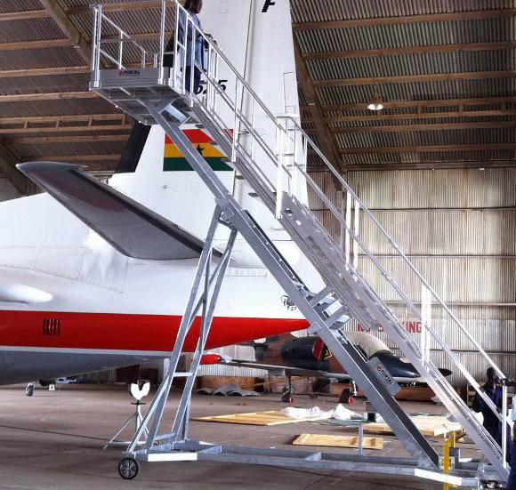 Height adjustable runway stepladders