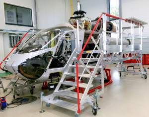 f891600746-747-plateforme-maintenance-md902-air-ambulance-luxembourg-2