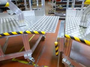 windscreen-access-working-platform-junction