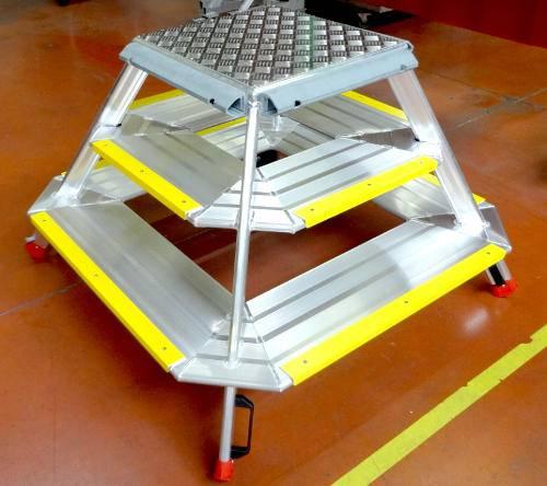 Marche-pieds monobloc trapézoïdal 3 marches