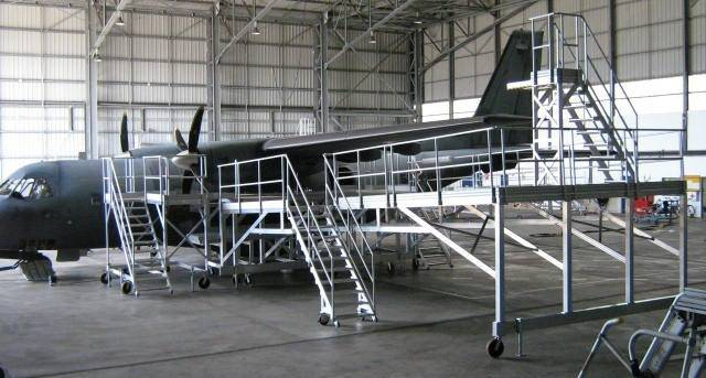 Platform for air force aircraft maintenance