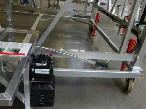 Height adjustable mobile platform PAX door access